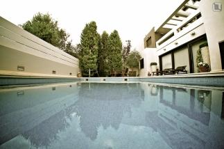 pool 020